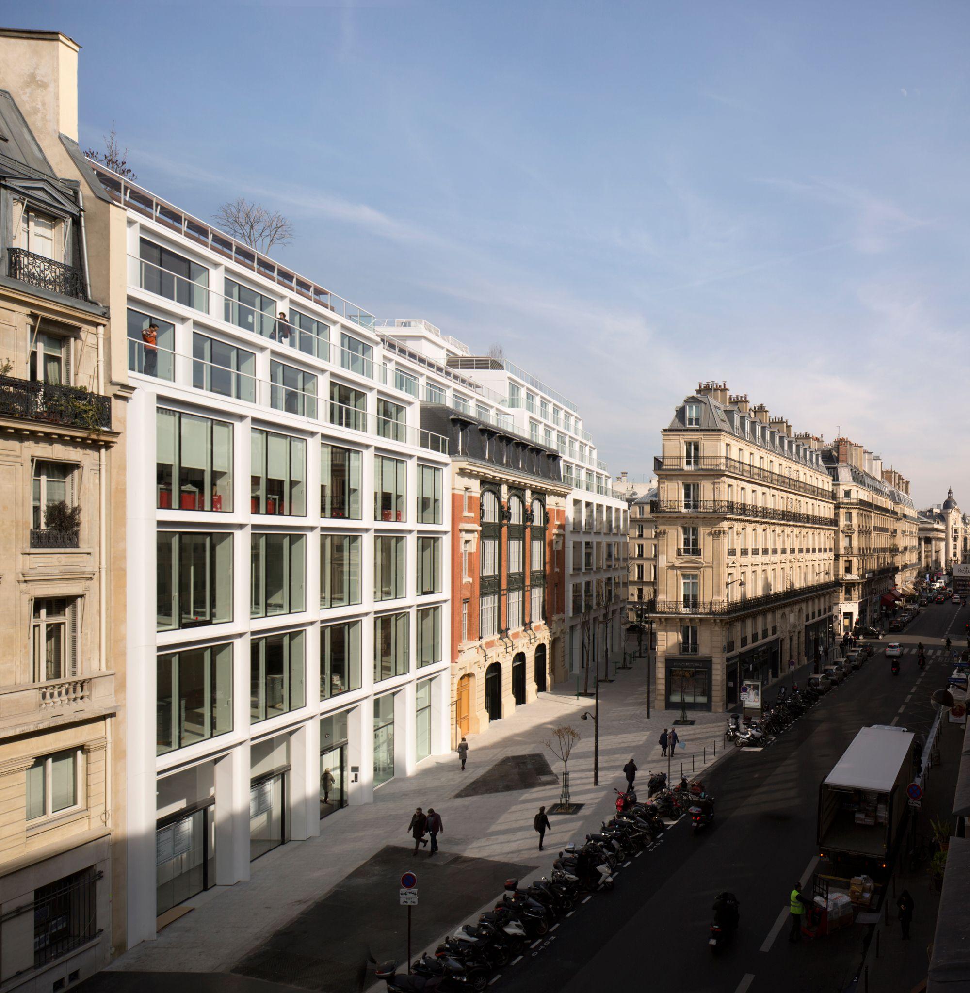 More space, more natural light: The #Cloud Paris office