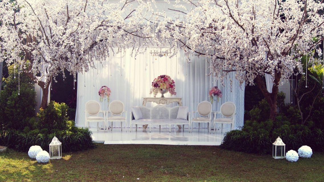 Pelaminan outdoor ever after pinterest wedding weddings and wedding dreams pelaminan outdoor junglespirit Gallery