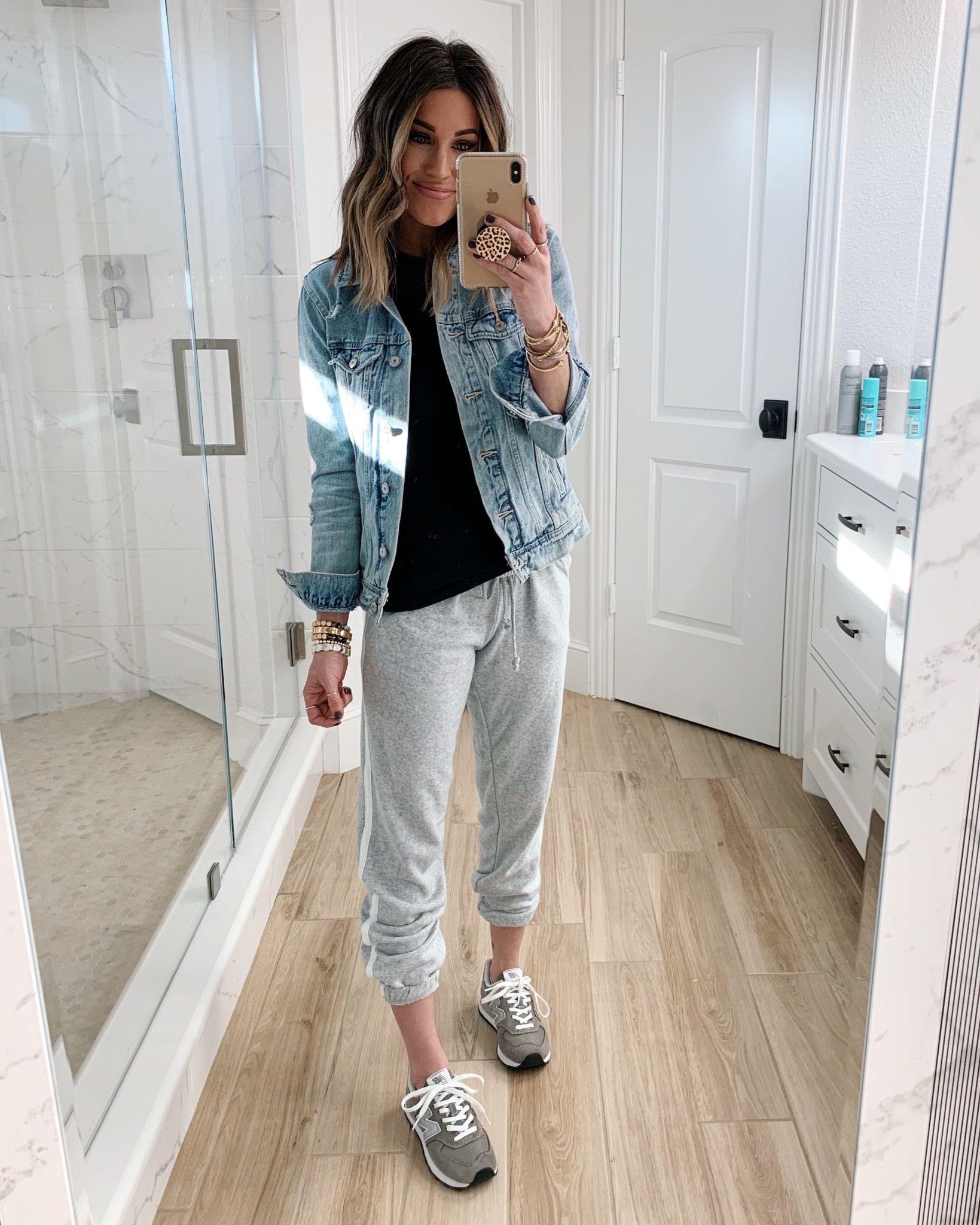 30 Ways To Style A Denim Jacket The Sister Studio Denim Jacket Fashion Denim Jacket Jacket Outfits [ 2048 x 1639 Pixel ]