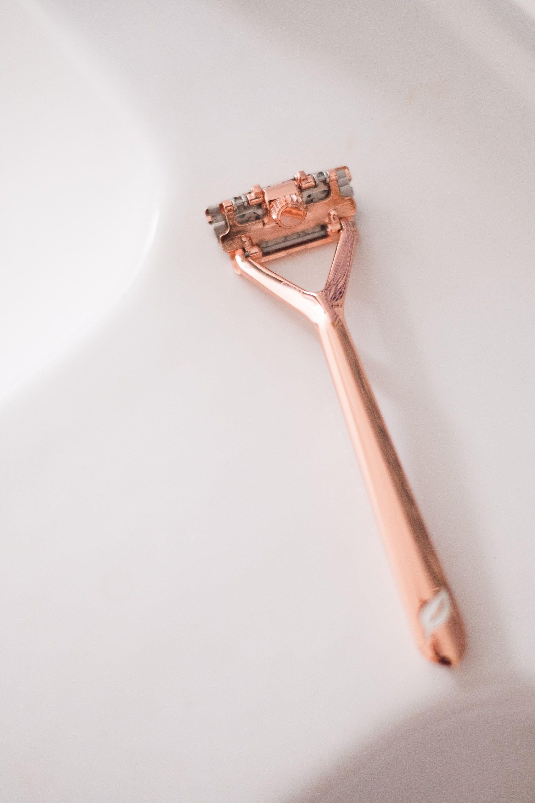 Plastic Free Shaving with the Leaf Shave Rasierhobel