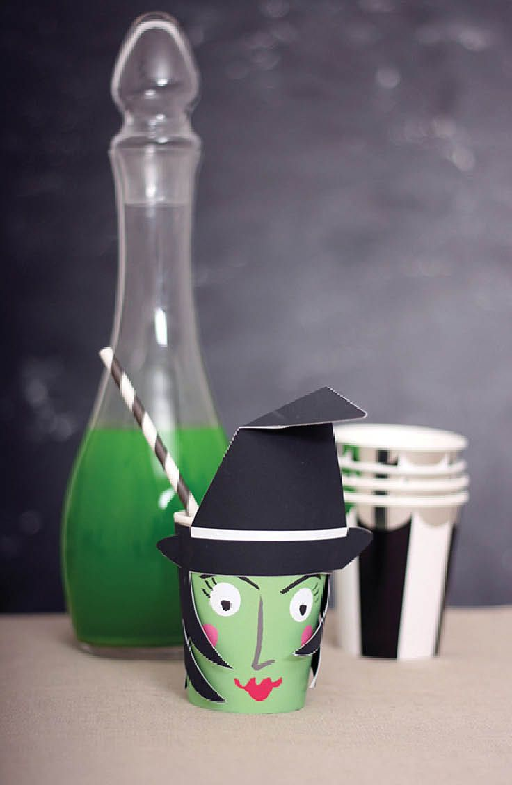 Adorable witch paper cups with pop up hats and striped straws...so cute! | Shop Cakegirls