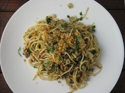 I Ve Been Trying To Copy The Coffee Bean Tea Leaf S Sardine Pasta With This Recipe To Make The Pasta More Sardine Pasta Olive Pasta Recipes Sardine Recipes