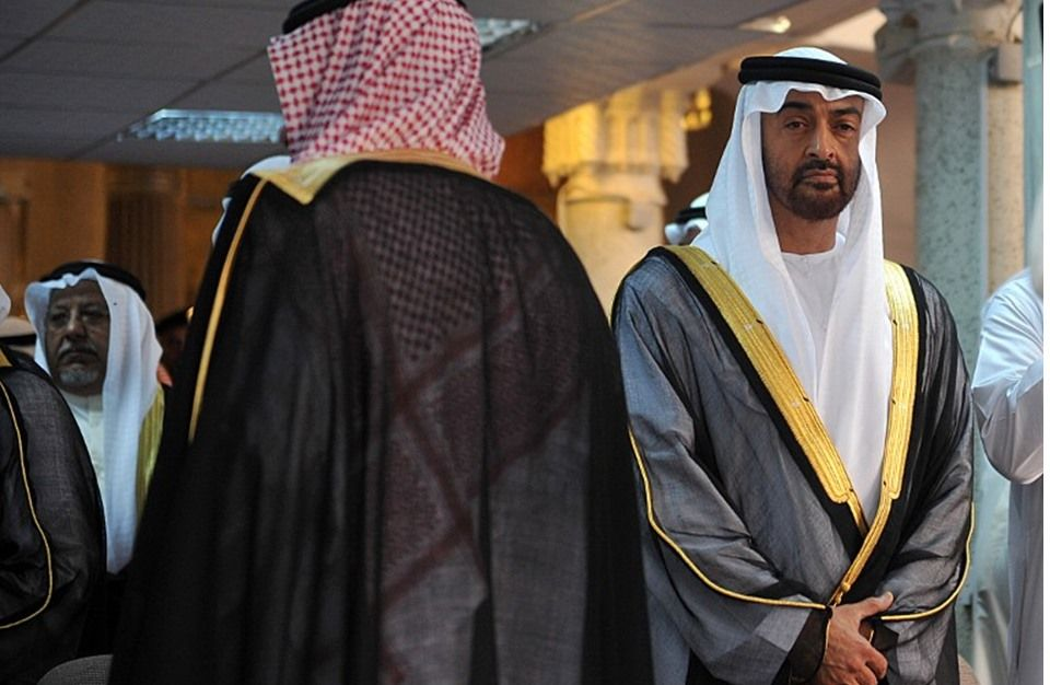 صحيفة الحرية                                             : «انقلاب» سعودي على الإمارات في جنوب اليمن    لقمان...