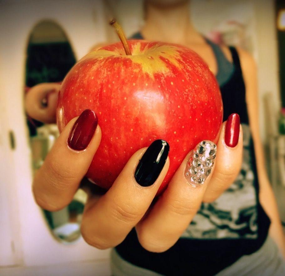 Evil Queen Nail Art. #SherbetAngelSpa   Nail Inspo   Pinterest ...