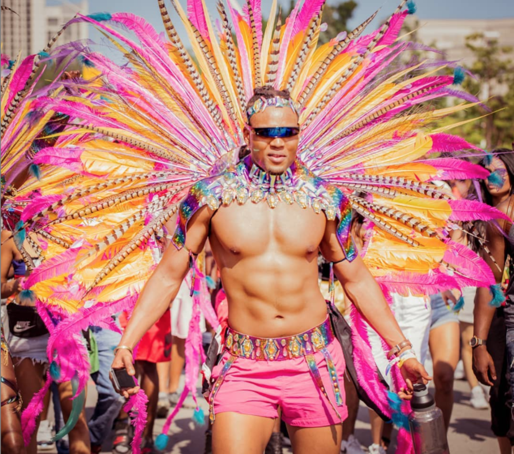 what time does caribana parade start in toronto