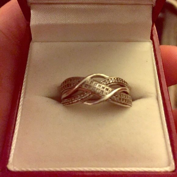 Zales sterling silver promise ring size 8 1/2 Sterling silver size 8