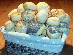 Brotkonfekt finest <3 kleine Hefebrötchen mit Körnern oder Schinken und Käse