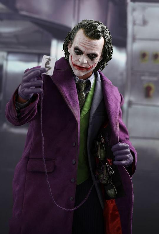 Pin By Art Vandelay On Joker Dark Knight Hot Toys Joker Joker