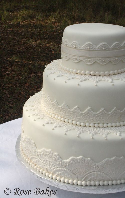wedding cake lace molds lace wedding cake lace weddings wedding cake 23054
