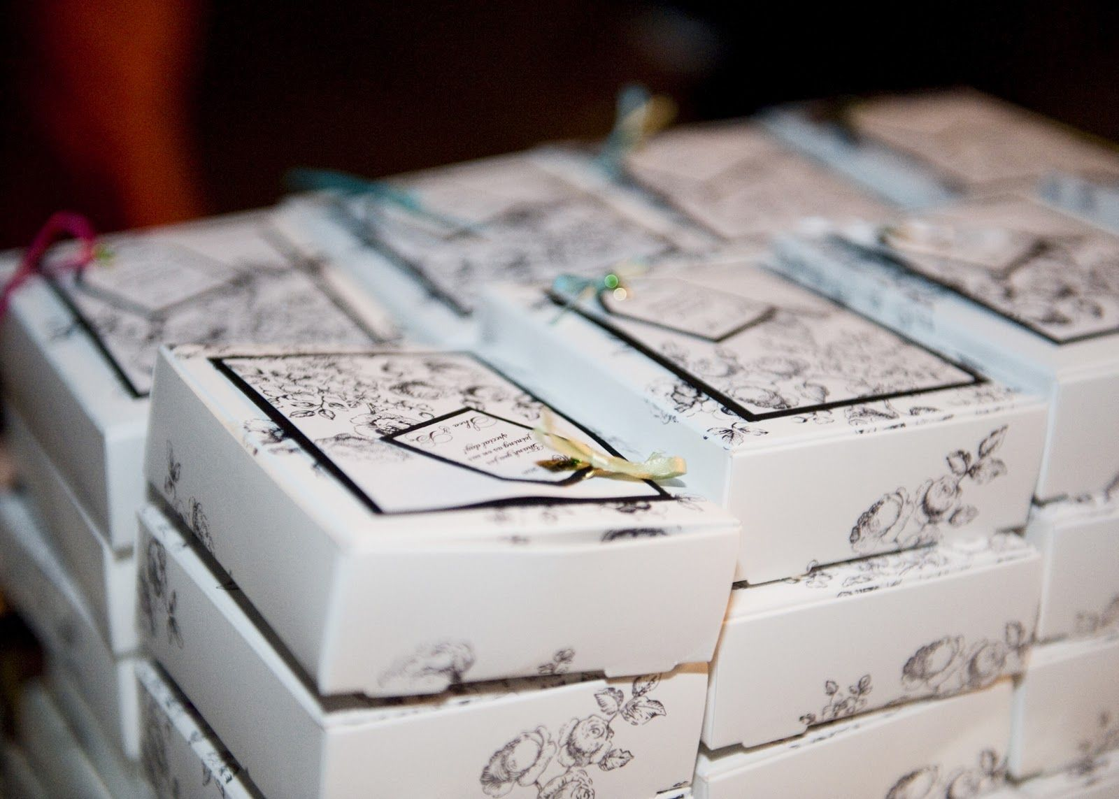 take home boxes for wedding cake - Google Search   Wedding Ideas ...