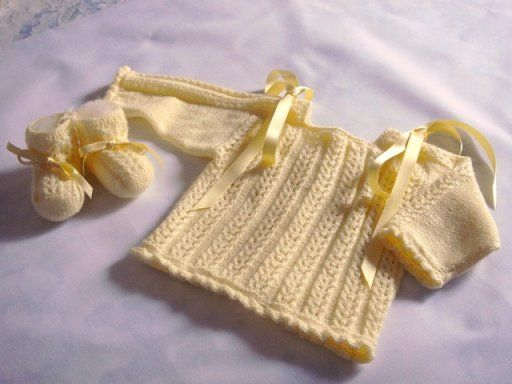 Como hacer chaquetitas de bebe hechas a mano buscar con - Mantas de punto hechas a mano ...