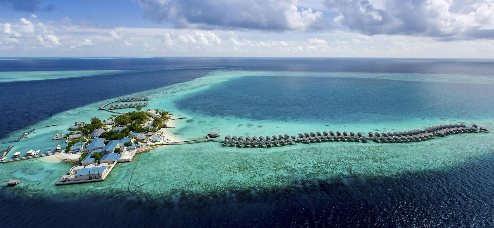 Centara Ras Fushi Resort Spa Maldives Maldives Luxury Resorts Maldives Hotel Best Hotels In Maldives