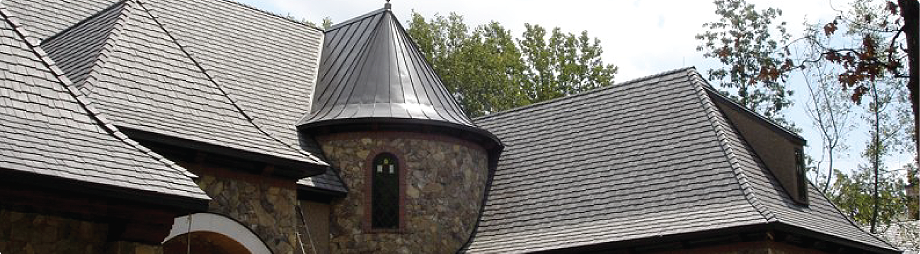 Best Composite Roofing Vs Wood Shakes Shingles With Images Wood Shakes Cedar Shingles Shingling 400 x 300