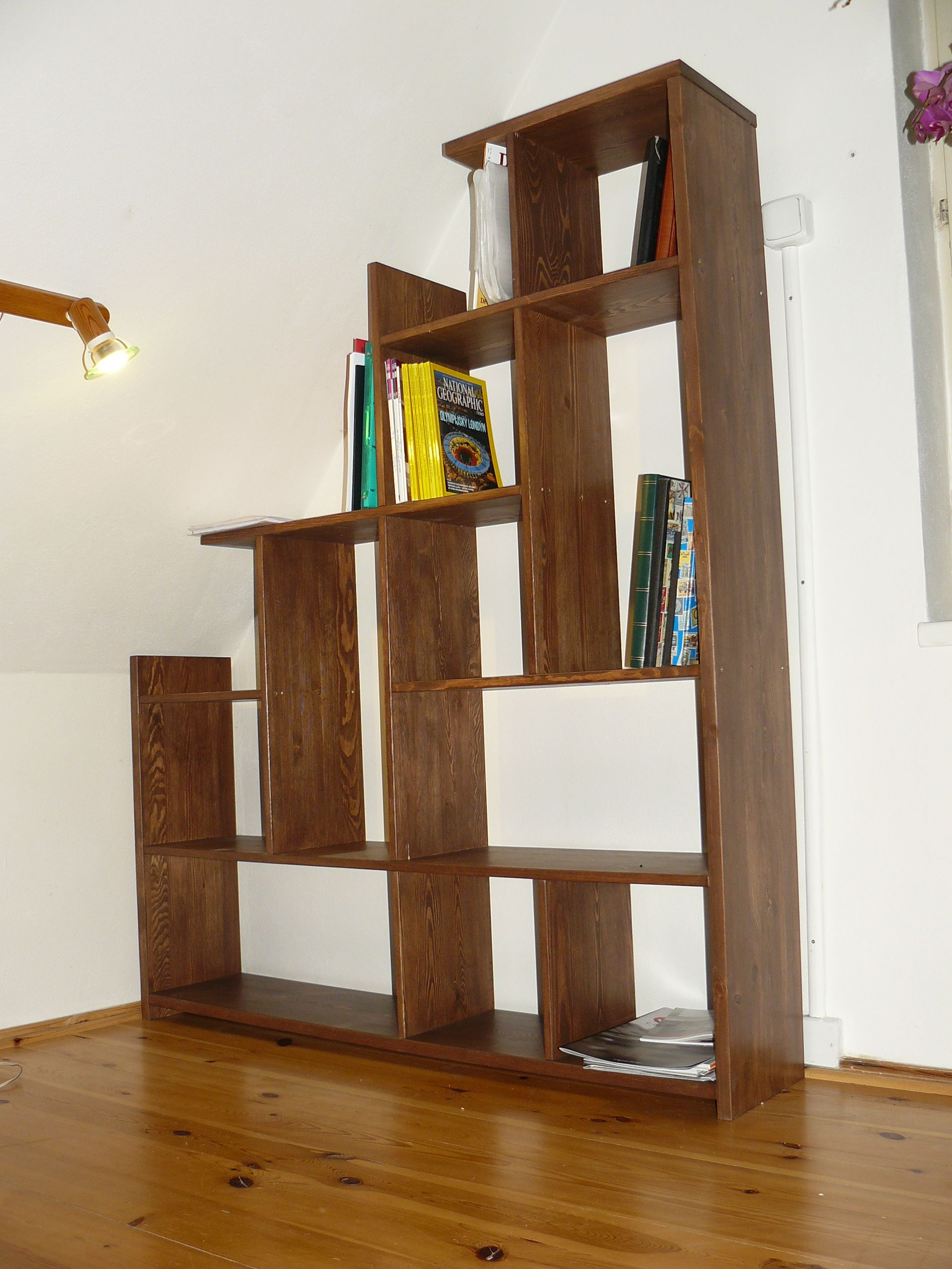 Knohovna do podkroví wooden bookcase by JC