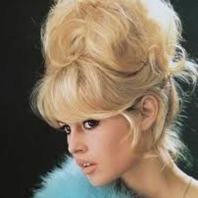 Love Bridget Bardot- pin-up hair