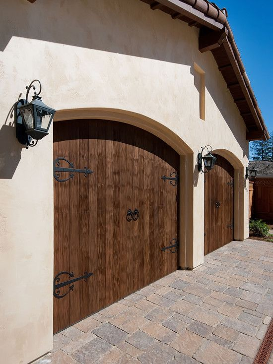 Exteriorstuccostonedouble Gables Design Pictures Remodel Decor Beauteous Garage Door Remodeling Ideas Decoration