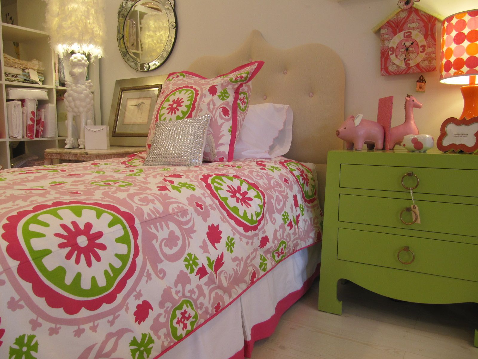 Girls bedroom ideas in pink green socialcafe magazine kids girls bedroom ideas in pink green socialcafe magazine jeuxipadfo Images
