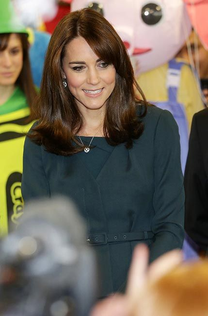 Kate Debuts Elegant New Hairstyle At Charity Event Monarchs