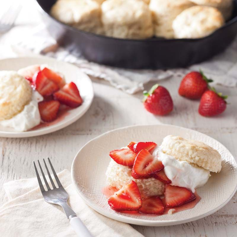 Buttermilk Shortcakes With Strawberries Southern Cast Iron Recipe Sweet Tarts Shortcake Strawberry