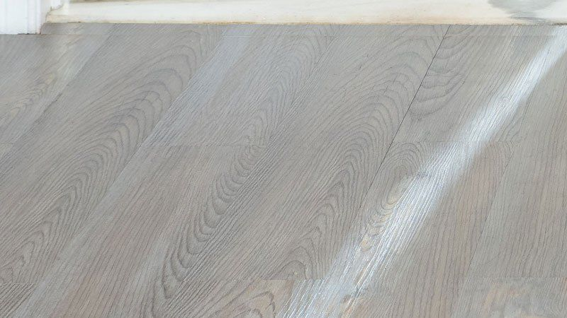10 Best Luxury Vinyl Plank Flooring Top Rated Brands Reviewed Homeluf Com Vinyl Plank Flooring Luxury Vinyl Plank Flooring Luxury Vinyl Plank