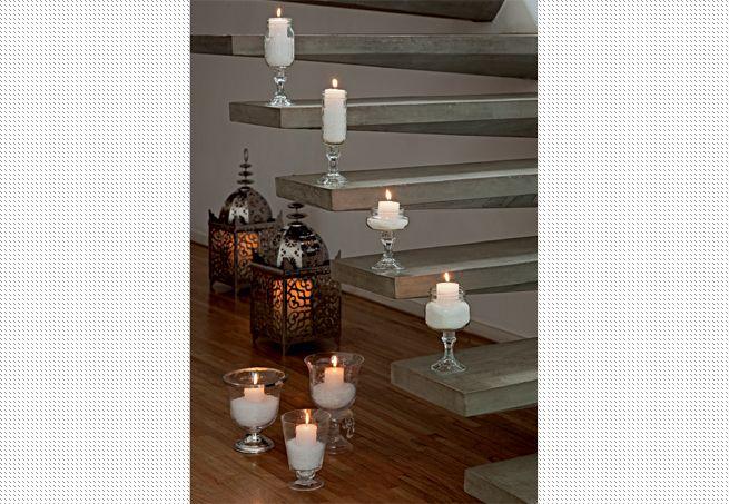 A festa ao ar livre pode ganhar clima oriental com muitas velas e lanternas. Produção de Cláudia Pixu