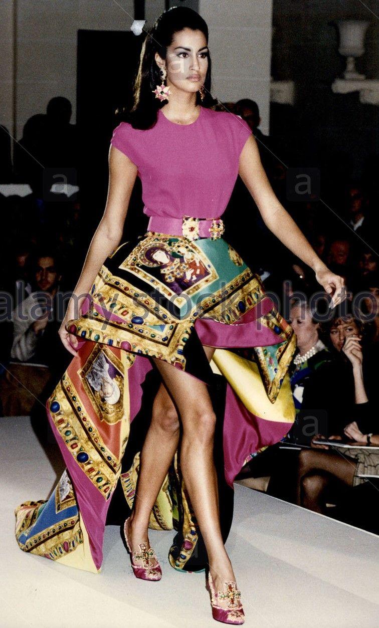 Yasmeen Ghauri - Versace