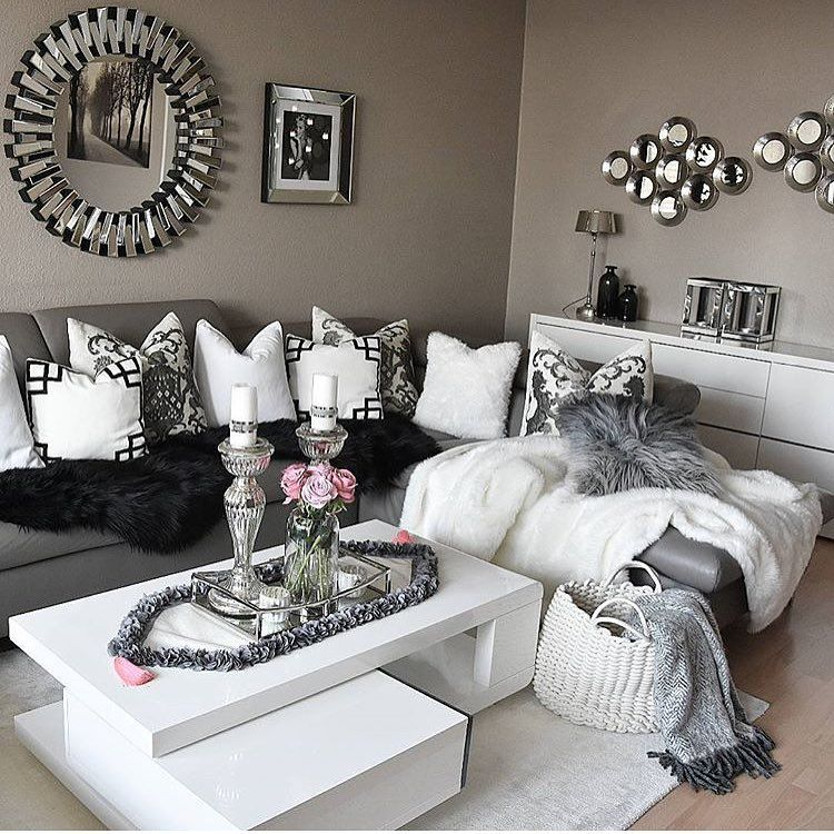 I Think Iu0027ve Pinned This Before... Must Be A Sign. Grey Livingroom Decor Black ...