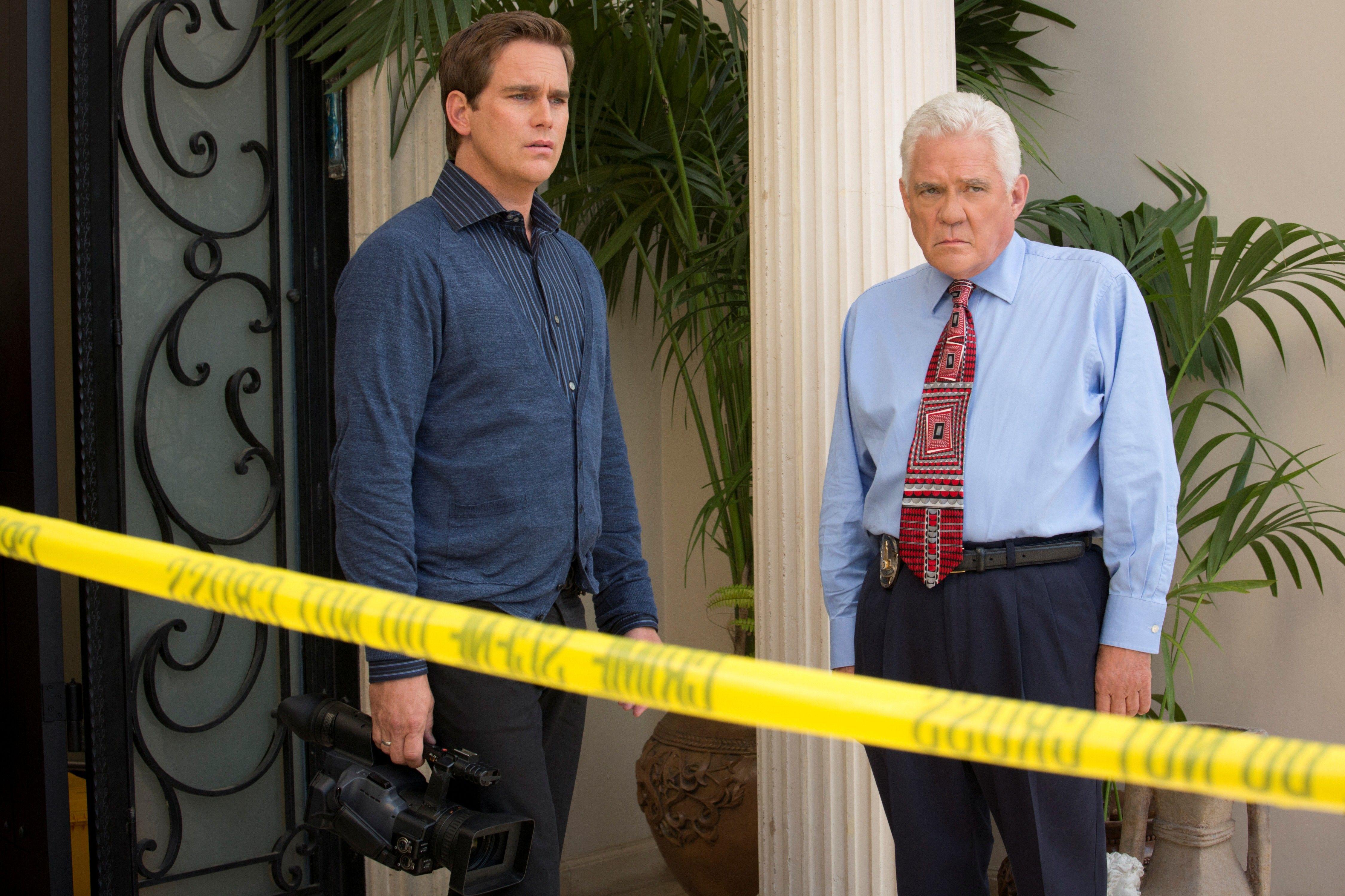 Major Crimes Season 1 Episode 4 Still Major Crimes Crime Raymond Cruz