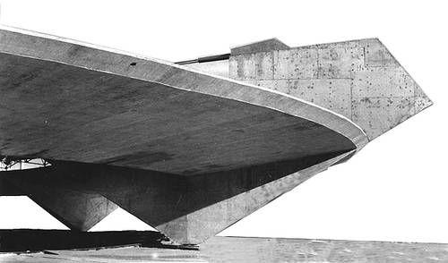 Paulistano athletic club in São Paulo, Brazil by Paulo Mendes da Rocha (1958)