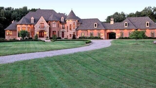 tony romo s 9m 32 000 sqft mansion in dallas architecture rh pinterest com tony romo childhood home welcome home tony romo