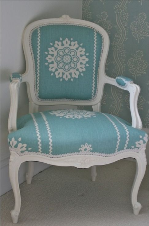 Vintage Chic ♥ elegant 1900s painted chair