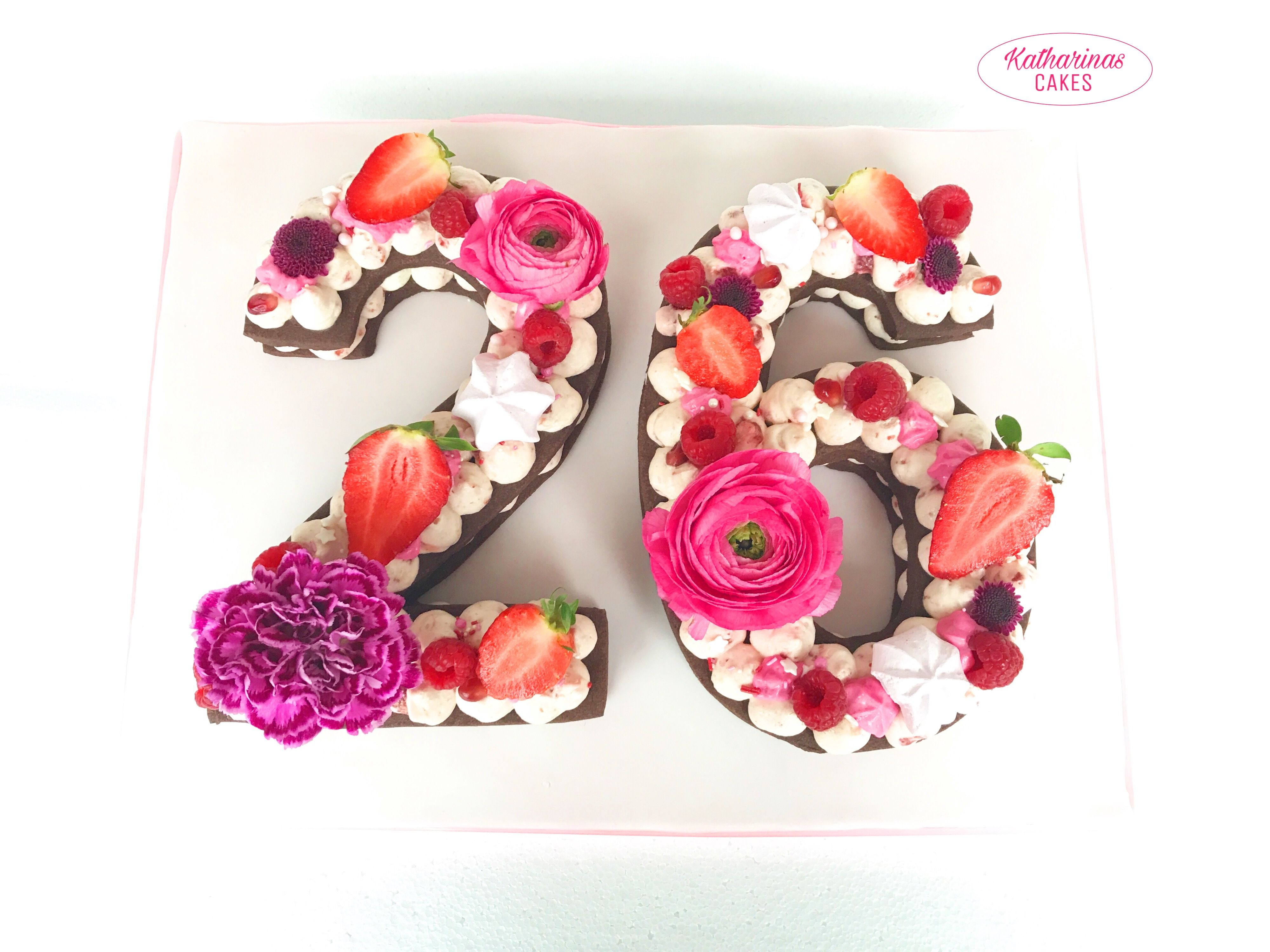 26 Trendy Geburtstagstorte 21 Madchen Minnie Maus In 2020 Mit