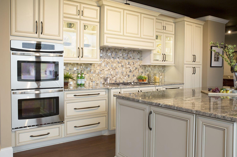Alpine Summerfield Marsh Cabinets In 2020 Kitchen Remodel Kitchen House Under Construction