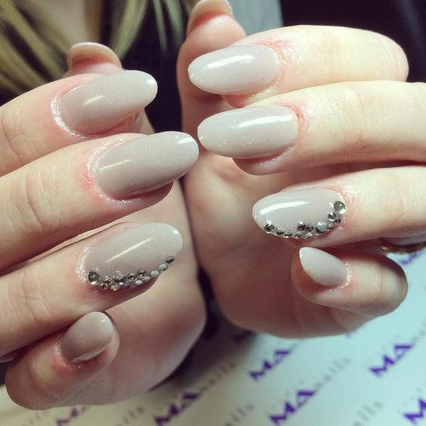 Best Ever Golden Nail Art Ideas For Fashion Shiny Nail Art Ideas