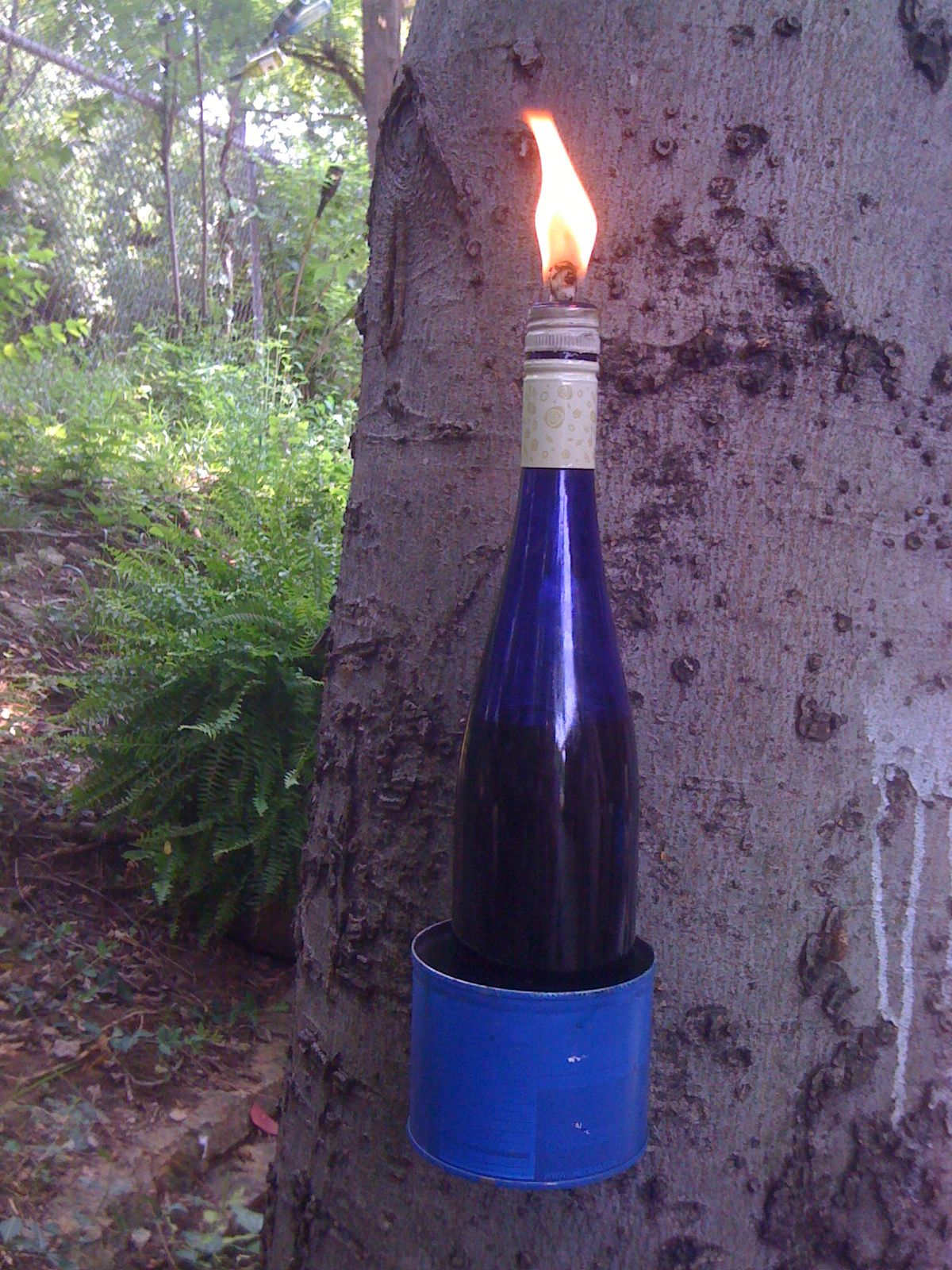 DIY tiki torch