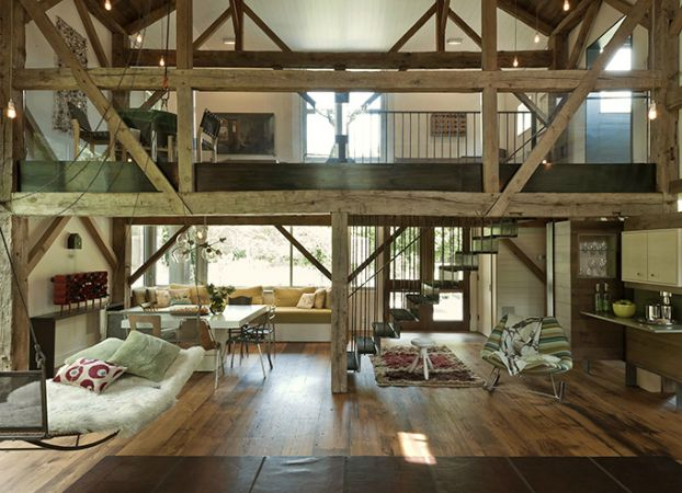 Country House Integrated Into The Landscape And Open To