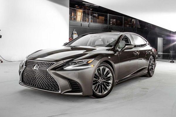 Lexus 2018 LS 460