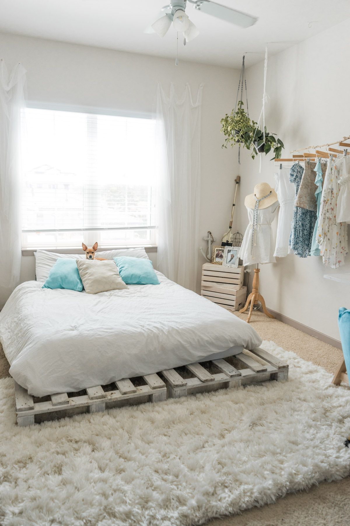 Beachy Boho Bedroom Office With Images Home Decor Bedroom