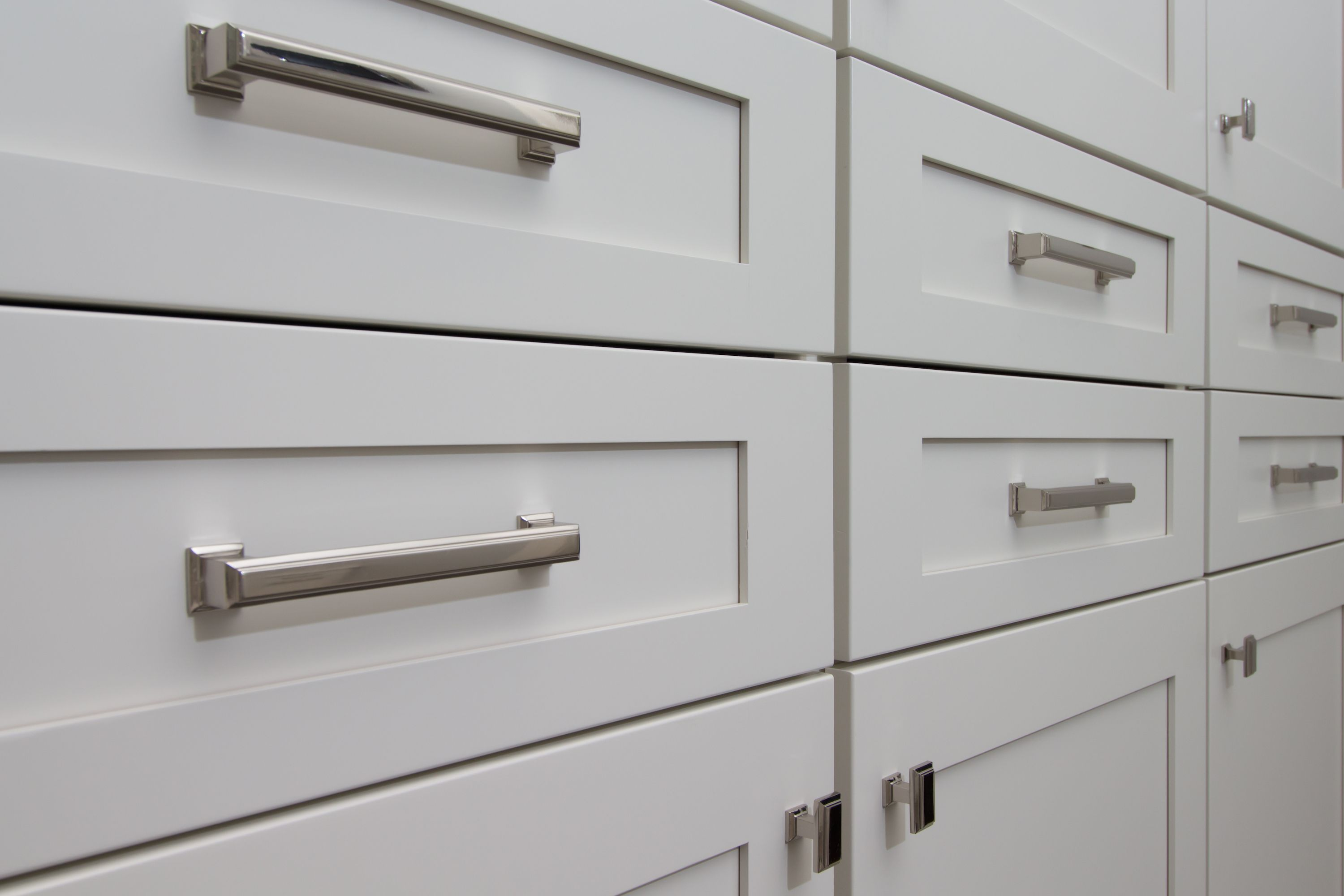 Off White Cabinets With Sutton Hardware Pulls Off White Cabinets Hardware Pulls White Cabinets