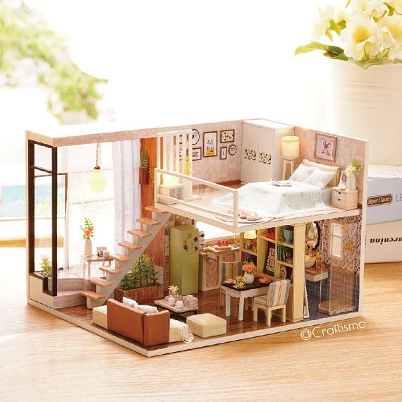Wonderful 01:24 DIY Miniatur Puppenhaus Kit Warten Auf Die Zeit Loft