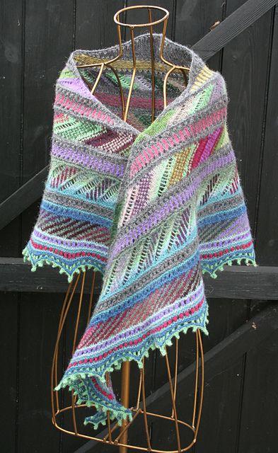 knit/lab Colorwork Crescent pattern by Kieran Foley | Tücher, Schals ...
