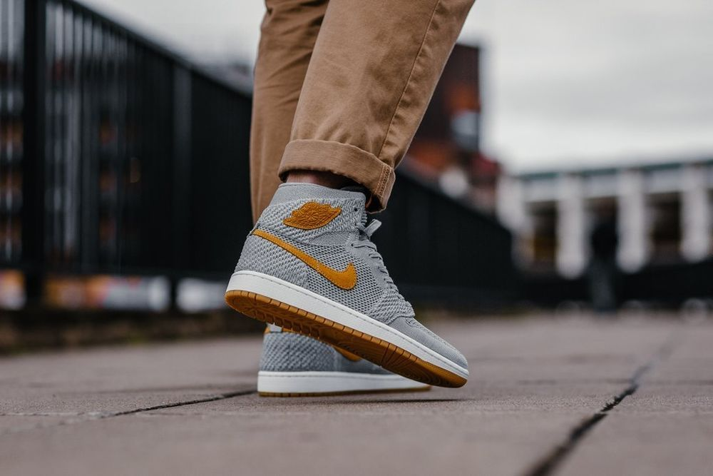 Nike Air Jordan 1 Retro Hi Fk Wolf Grey Golden Harvest