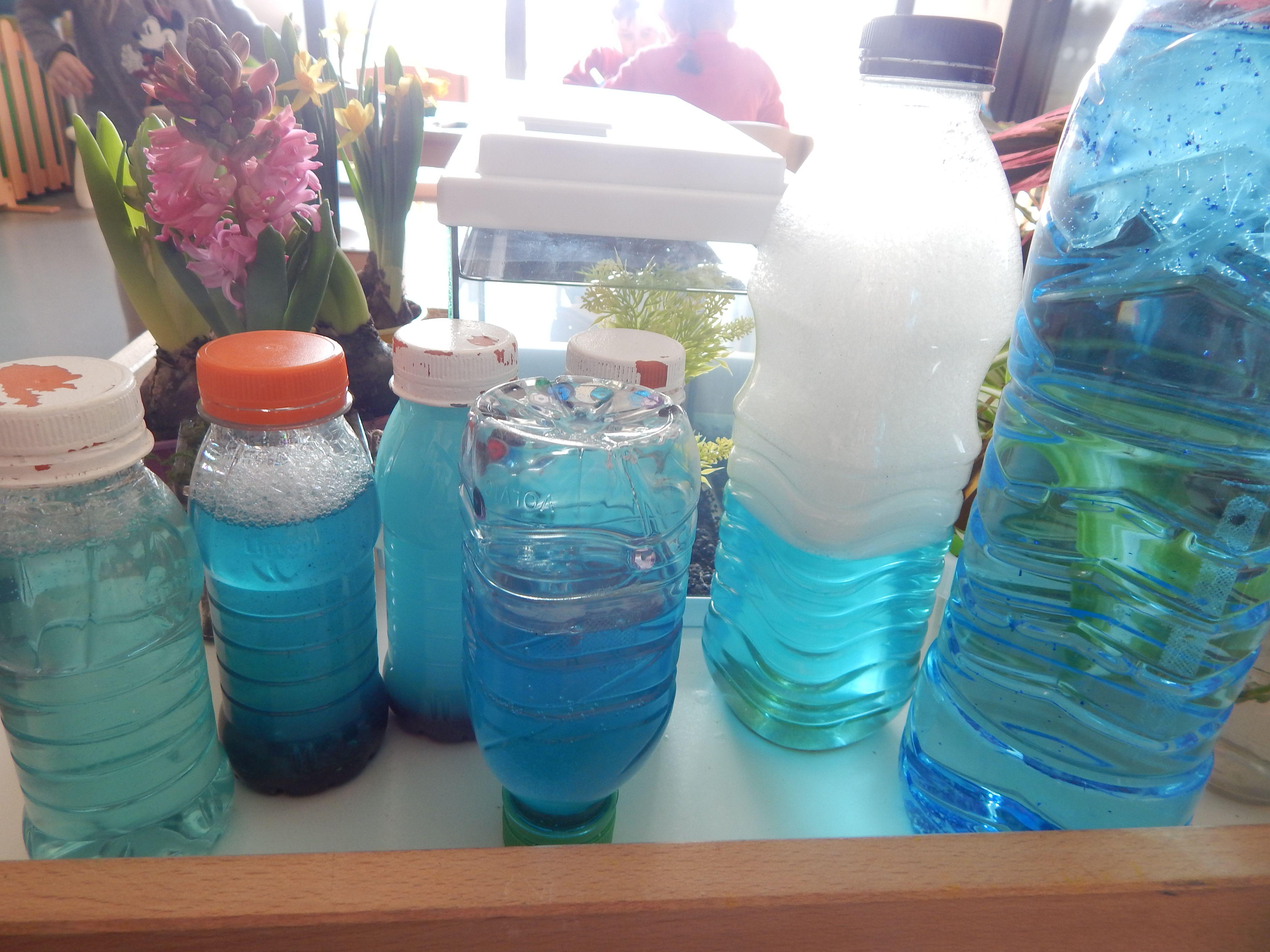 Des bouteilles de mer dans la classe sur notre table nature nathaliell bouteilles - La bouteille sur la table ...