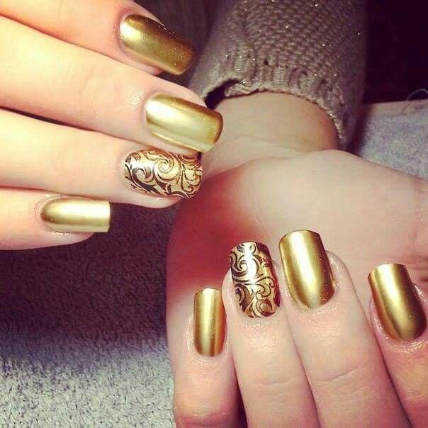 Doradas con grecas | Uñas Decoradas | Pinterest | Diseños de uñas ...