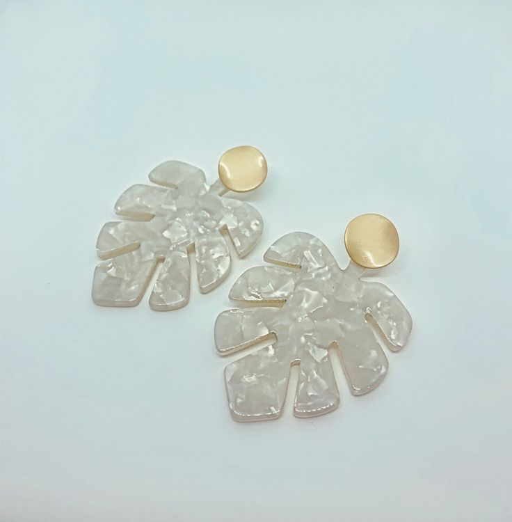 White Tortoise Leaf Earrings with Gold Stud,  #Earrings #Gold #Leaf #Stud #tortoise #White #w…