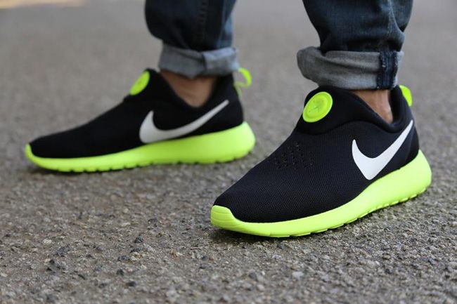 new product 2a0b8 b2bf2 Nike Roshe Run Slip-On (Black, White   Volt)