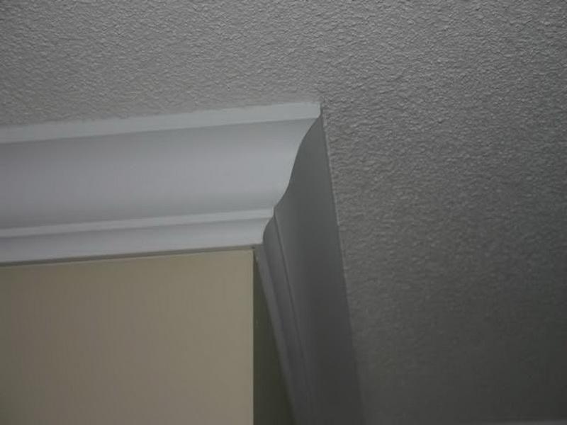 Best Textured Ceiling Paint Techniques To Change The Look Of Your Dull Ceiling Textured Ceiling Paint Ceiling Texture Moldings And Trim