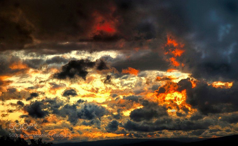 #photography Nuages en feux - clouds on fire by AlainChappuis https://t.co/hnxDjnnQiX #followme #photography