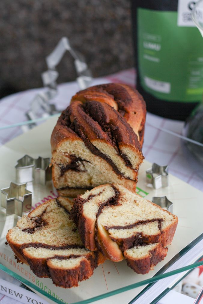 chocolate walnut babka