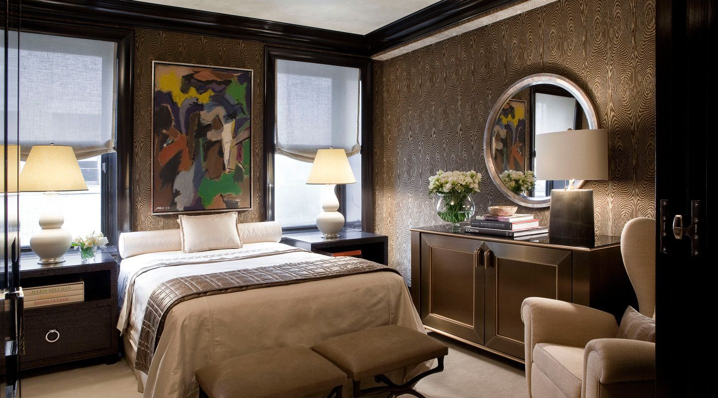 Kips Bay Showhouse 2009. Interior design by Lichten Craig Architecture + Interiors // Linens by Léron